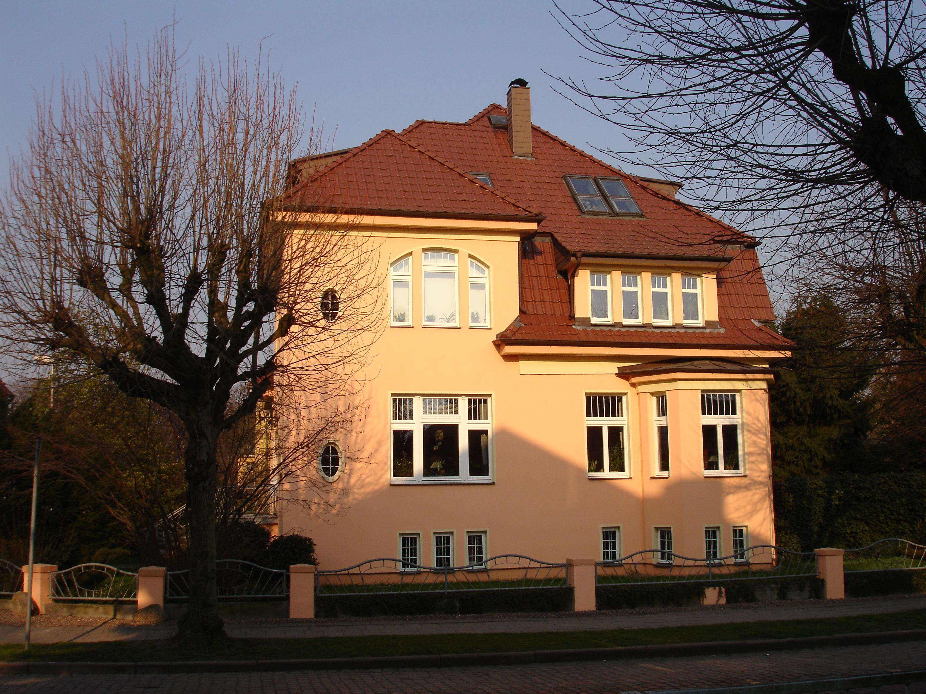Sanierung und Instandsetzung: Villa Baujahr 1915
